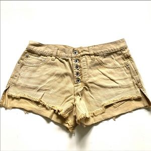 Free people denim shorts tan color size 25